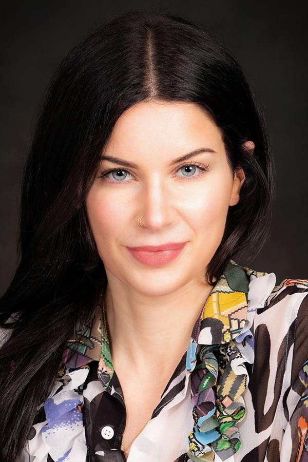 Amanda K. Reilly