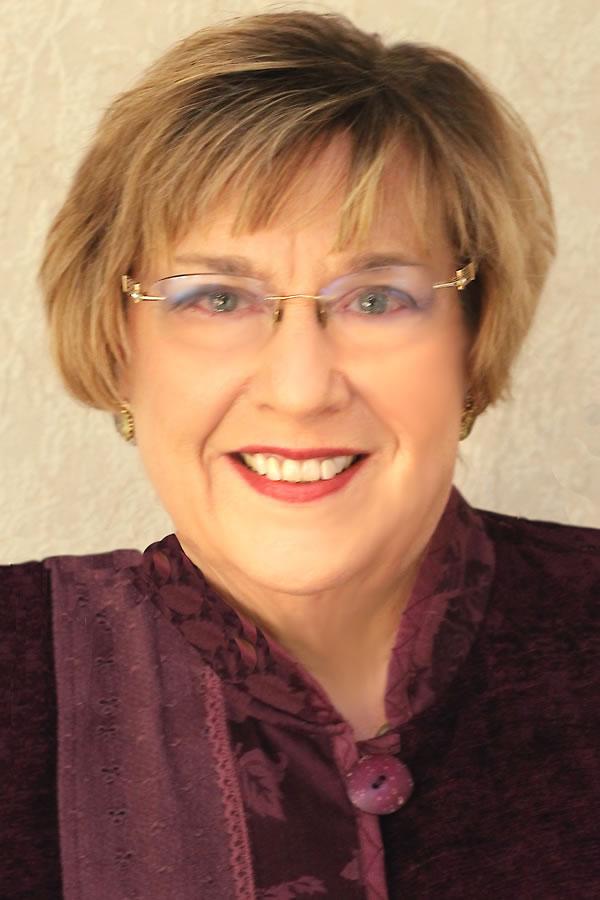 Betsie Poinsett, Certified Hypnotherapist