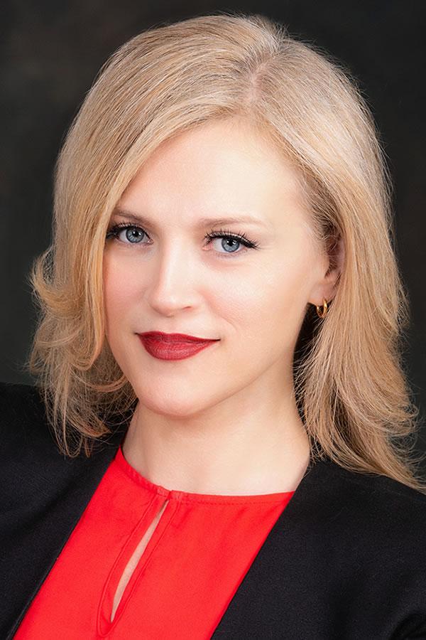 Laura Dewitt, Certified Hypnotherapist